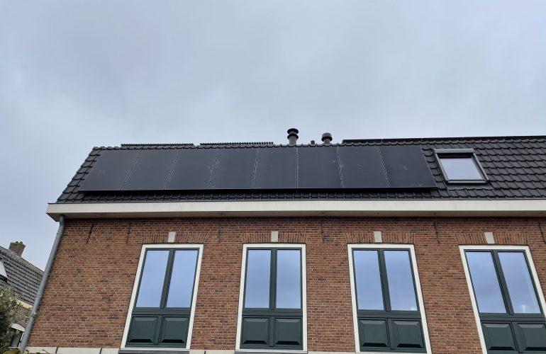 Installatie 8 zonnepanelen